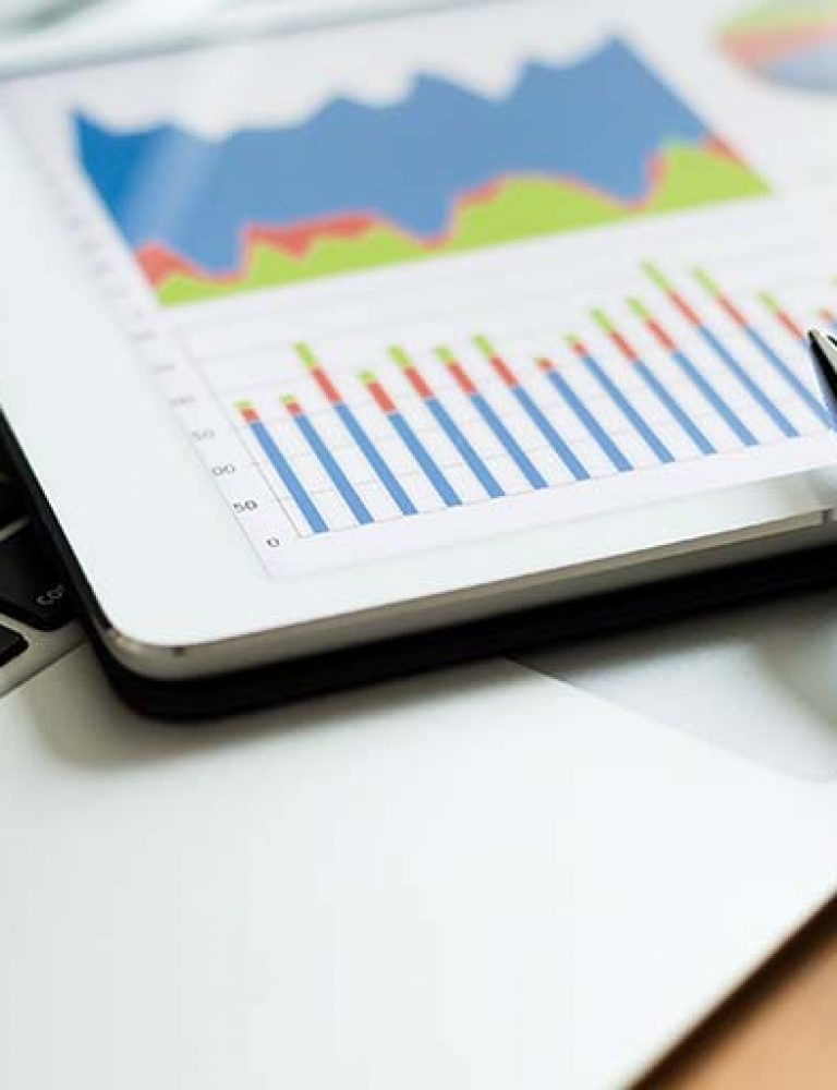 content analytics   person looking at analytics dashboard   9 Ways Content Analytics Can Help Publishers and Authors